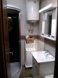Brand new ,fully equipped bathroom with hydro massage shower