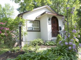Bramble Rose Cottage, Niagara-on-the-Lake