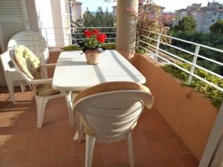 Palma Nova apartment ,sleeps up to six persons ., Palmanova