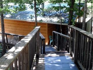 The Bluebird Cabin, Pigeon Forge