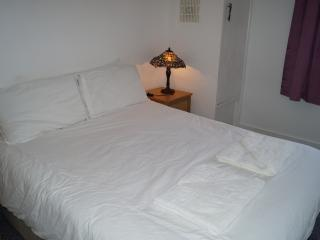 Cosy Room 3 Near Bransbury Park, Portsmouth