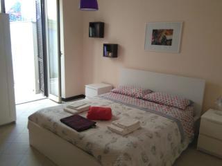 Camera da letto con affaccio sul terrazzo