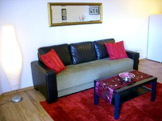 Beautiful Garden apartment in Herzlia Marina (39)
