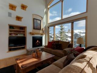 Pines 120 4 Bedroom Plus loft, Breckenridge