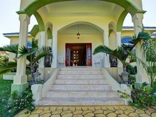 Valencia Villa Jamaica
