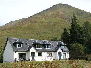 The Ghillies, Crianlarich