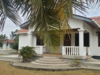 PR Beach Villa, Prampram