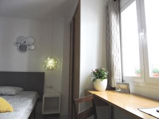 Dorm for couples or singles in Realejo, Granada