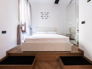 Hemeras Boutique House - Duomo Heart, Milão