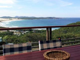 One Mile Retreat, Port Stephens