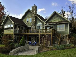 Extrordinary 5 Bedroom Mountain Chalet features luxurious furnishings!, Swanton