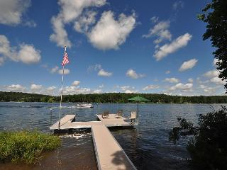 Delightful 3 Bedroom Home w/ Private Dock in Quiet & Tranquil Setting!, Swanton