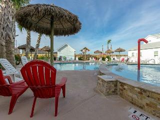 Endless Summer Townhome for 10 at Nemo Cay Resort, Corpus Christi