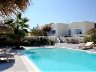 KALYPSO HOUSES -ELIA- Sunny houses with Private Pool and Sea View., Monólithos