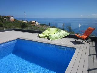 Modern Villa with pool and fantastic sea views., Calheta
