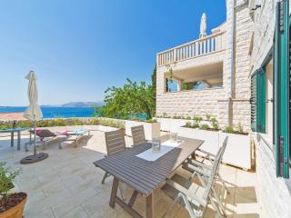 VILLA WINGS, Cavtat
