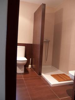 Baño 1 en dormitorio A