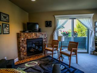 Ballard Abode Seattle Vacation Rental