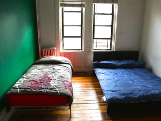 Guest room in UES 7, New York City