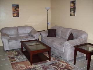 Full furnished quiet clean near all 1-1, Fort Lauderdale