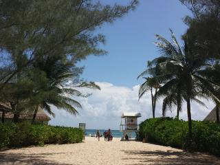Habitación privada, apartamento acogedor, cerca de las playas, Playa del Carmen