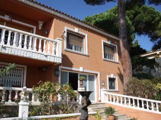 MAISON-VILLA & NATURE - MARESME  GAY-FRIENDLY, Sant Cebrià de Vallalta