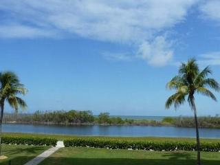 FT. MYERS BEACHFRONT/NATURE PRESERVE, Fort Myers