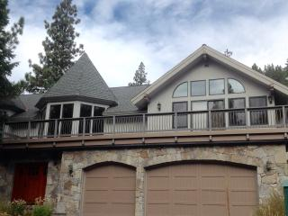 Squaw Valley, CA Luxury Home w/Hot Tub & Views