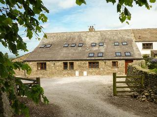 USHERWOODS BARN, pet friendly, luxury holiday cottage, with a garden in Tatham Near Bentham, Ref 1964