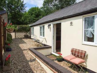JOLLY'S COTTAGE, country holiday cottage, with a garden in Goodrich, Ref 2369, Ross-on-Wye