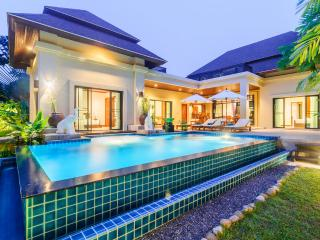 Peaceful 3-Bedroom Pool Villa/Nai Harn Baan-Bua