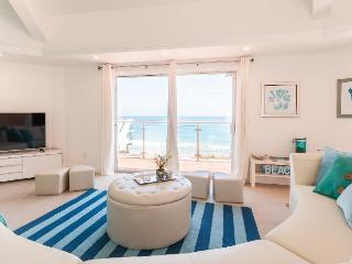 Malibu Octagon in La Costa with Amazing Ocean View, Malibú