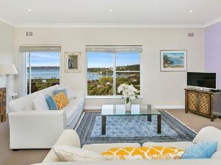 MOS01 -Amazing views - 2 bedroom Mosman apartment, Balmoral