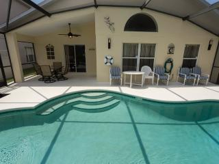 Magic Oaks Villa close to Disney, Four Corners