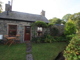 Quaint Traditional Welsh Stone Cottage Llanberis