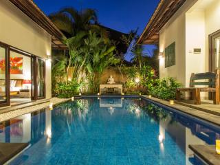 Villa Avisha - 2 Bedrooms, Seminyak Center