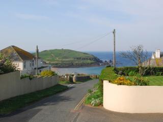 3 Sandbanks located in Bigbury-on-Sea, Devon, Salcombe