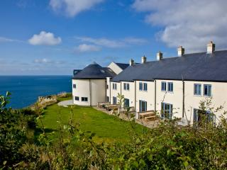 Apartment 3, Gara Rock located in East Portlemouth, Devon