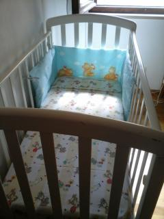 baby cot on request