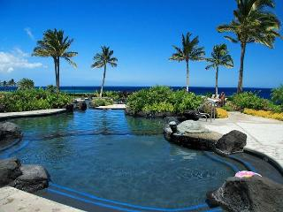 LUXURIOUS 2 BEDROOM, 2 BATH CONDO! LAVA FLOW SPECIAL 7TH NIGHT COMP, Waikoloa