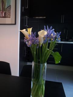 fleurs sur table