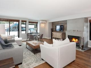 Luxury & Location - In The Heart Of Whistler Village