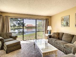 Quiet ground-floor condo w/pools, hot tubs, golf on-site, Panama City Beach