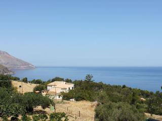 case vacanze mamma rosa  borgo Scopello  cr