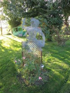 sculptures réalisées par la propriétaire