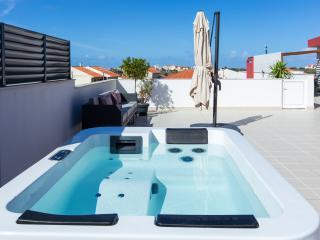 HolidayOn…AC Design Apartmens