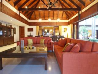 Beautiful 5 Bedroom Residences in Maenam, Mae Nam