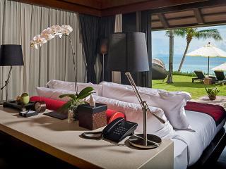 Elegant Asian Sense of Hospitality, Lipa Noi