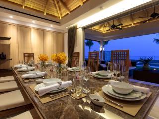 Magnificent 7 Bedroom Beachfront Villa in Meanam, Mae Nam