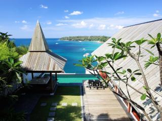 Modern 4 Bedroom Ocean View in Surin Beach